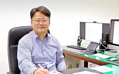 Professor Hee-Kap Ahn, the First Asian Editor-in-Chief of Computational Geometry